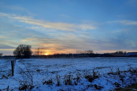 Abenddämmerung 2 - der Schnee wird blau (Foto: Corda D.)
